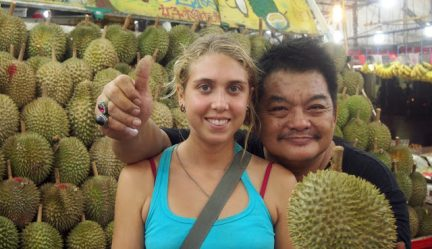10 Tricksy Ways Durian Sellers Cheat Durian Lovers