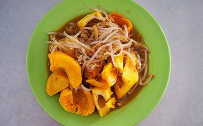 Cooking Wild Durian, Buah Pakan, at the Saratok Market, Sarawak